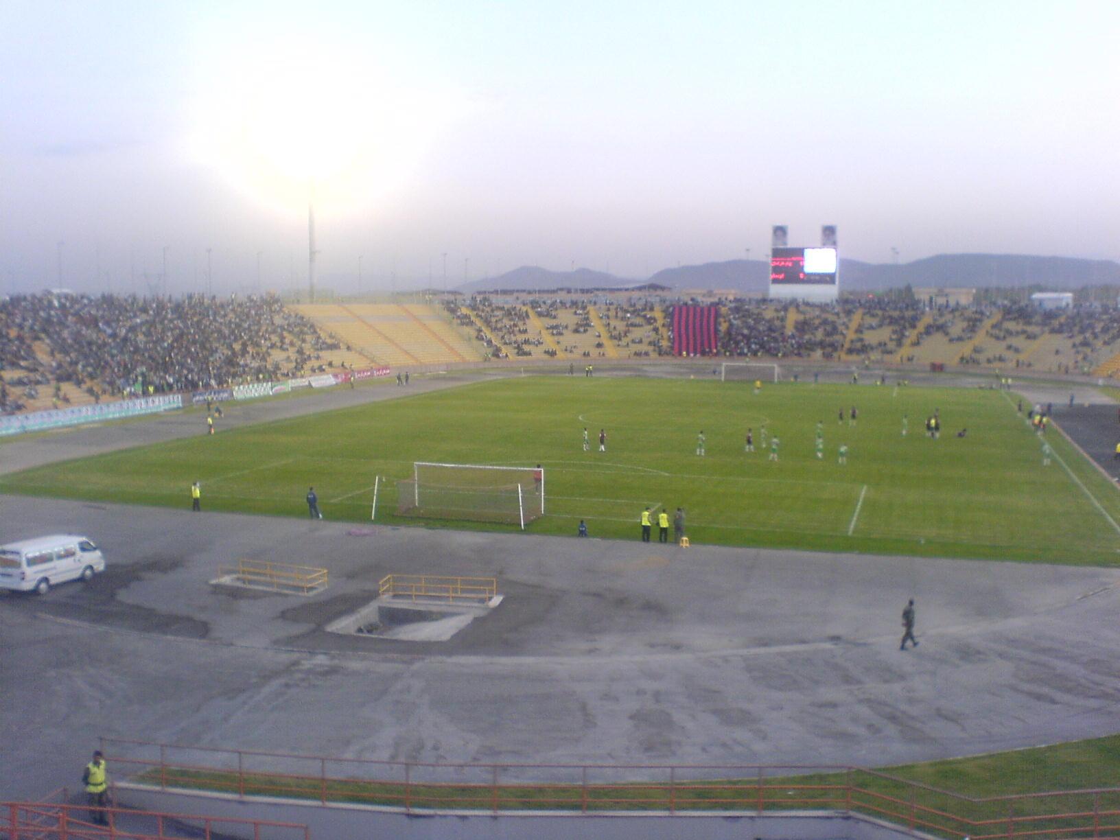 http://k-ultra.persiangig.com/Stadium.JPG